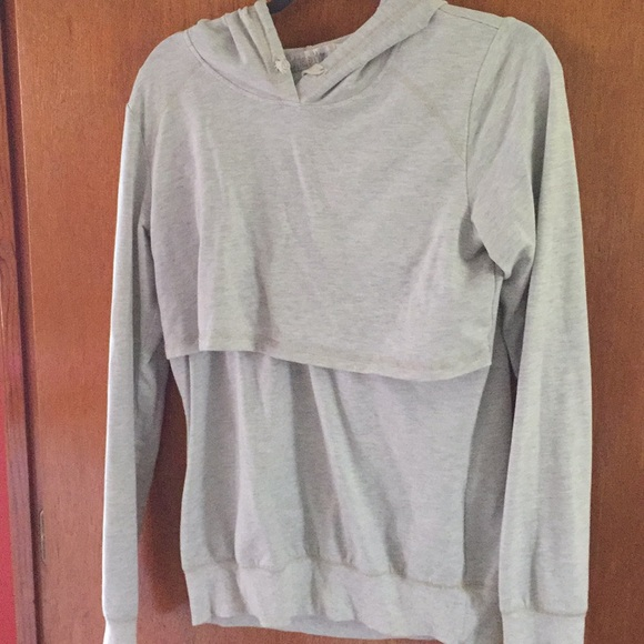 0ba42e38bc443 latched mama Tops - Latched mama lightweight hoodie large